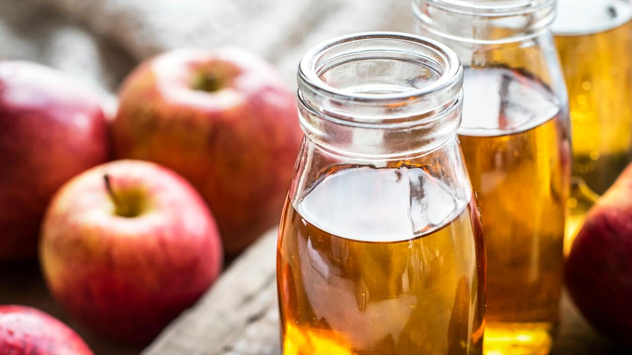 use apple cider vinegar for passing gas in sleep